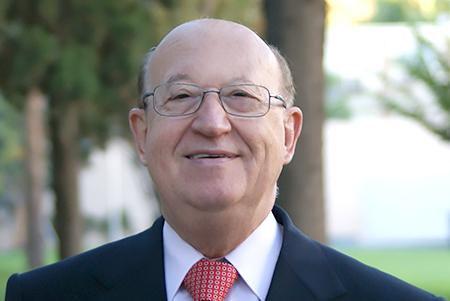 Dr. Riu
